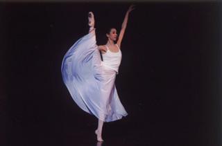 コンテンポラリー作品「恋の芽」<br /> 2008年全日本バレエコンクール第2位受賞記念<br /> 原田舞子