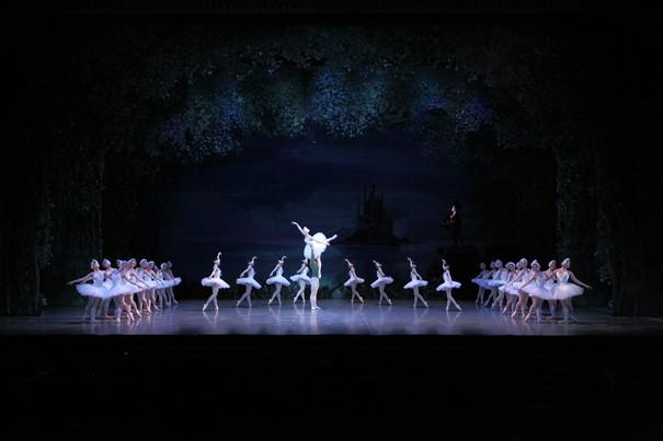 白鳥の湖 2幕より